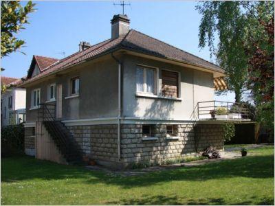 Maison avant travaux fa ade arri re batiactu - Renovation maison annee 60 ...